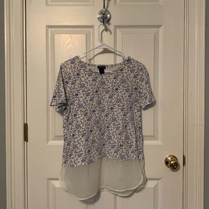 Patterned Tee w/ Sheer Trim